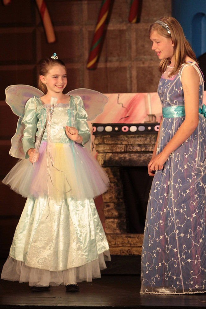 Cinderella And The Candy Kingdom The Nutz N Boltz